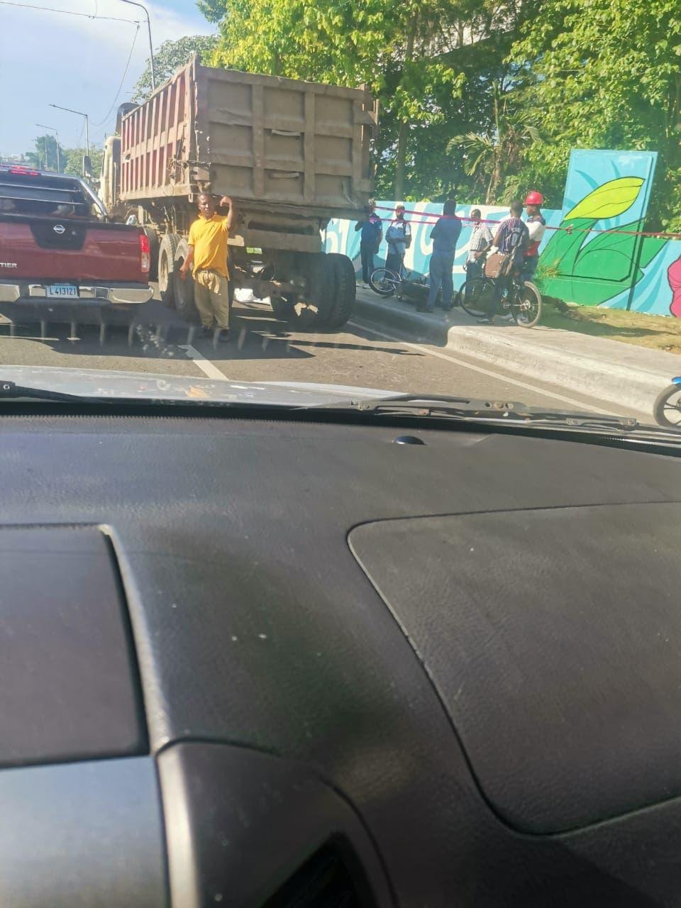 Reportan un muerto en accidente de tránsito en Santo Domingo Norte