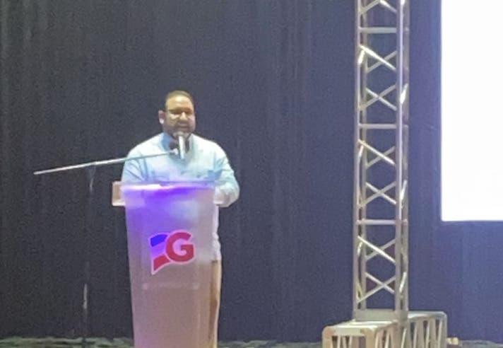 Senador de La Vega presenta sus memorias legislativas en primer año de gestión