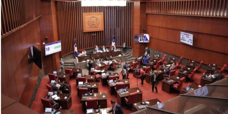 Senadores proponen eliminación de exenciones para dejar sin efecto reforma  fiscal
