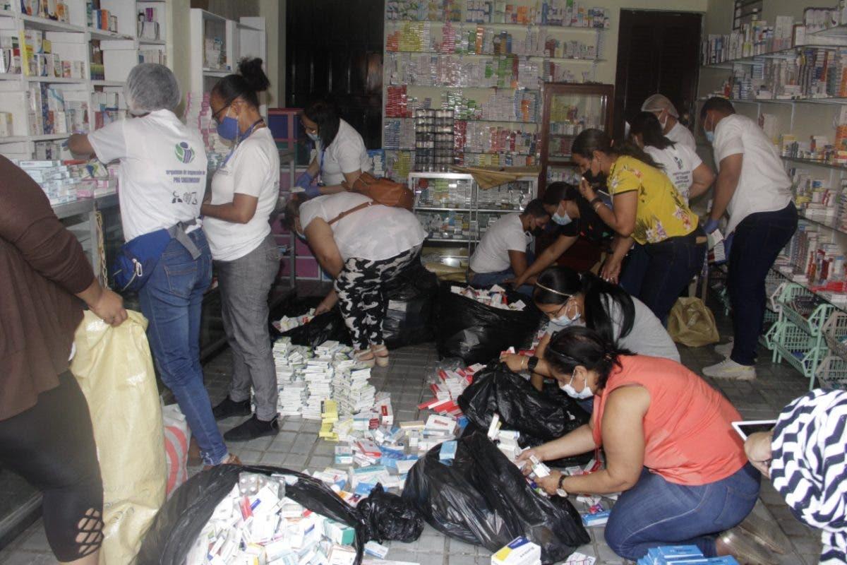 Pro Consumidor  decomisa más de 25 mil cajas de medicinas no aptas para el consumo en Moca