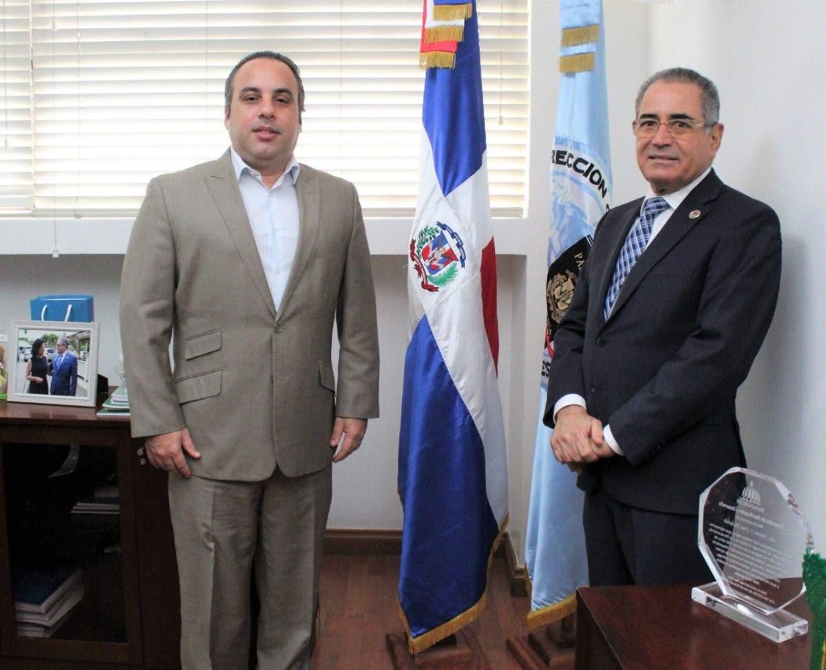 Embajador ante la OACI sostiene reunión de trabajo con el director general de Pasaportes
