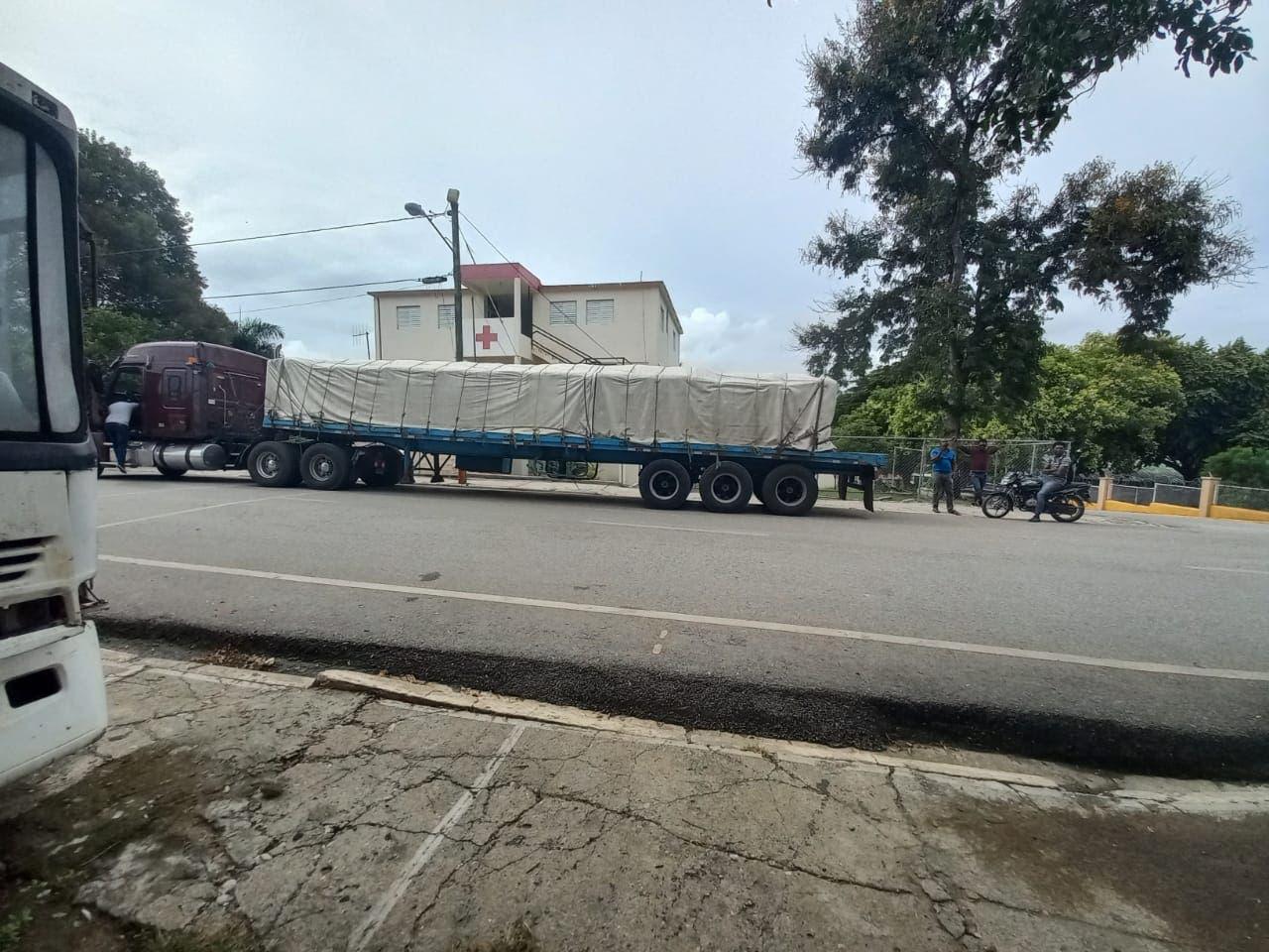 Retiene camión Cesfront dice no maltrata haitianos