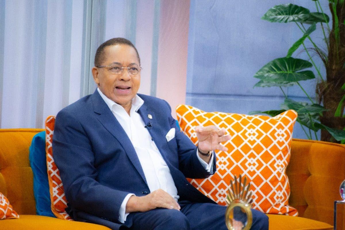 Ismael Reyes advierte reforma fiscal rompería la paz social
