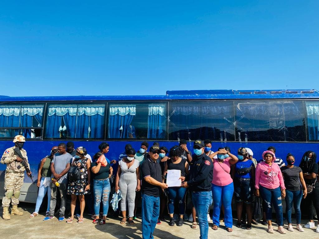CESFronT detiene 48 nacionales haitianos indocumentados