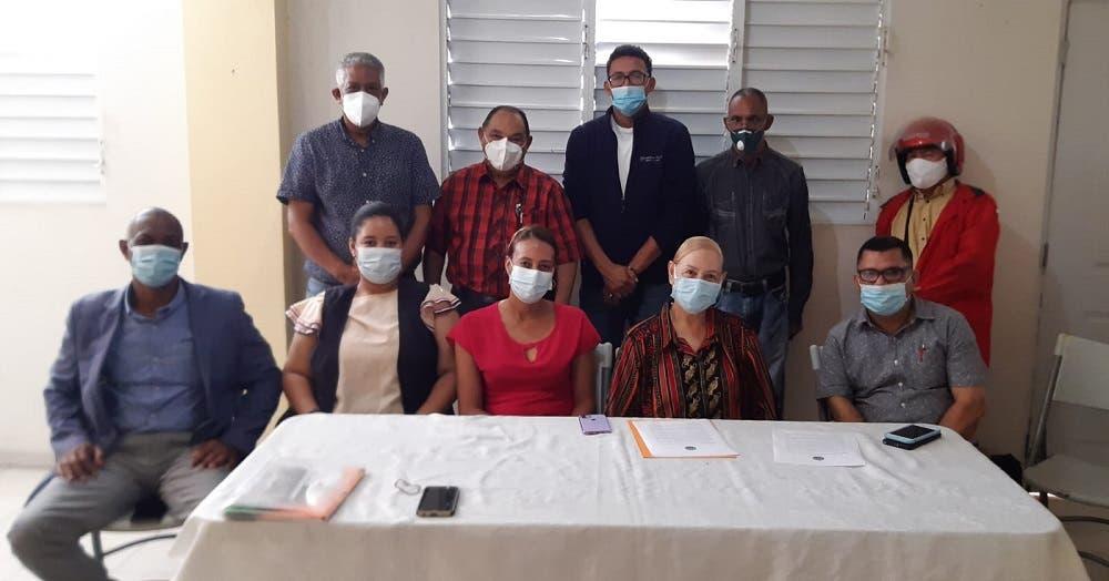 Unión de Organizaciones Comunitarios de Baitoa reclama al gobierno construcción acueducto