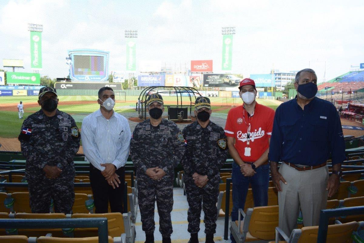 Béisbol invernal: La Policía garantiza seguridad a los asistentes a los estadios