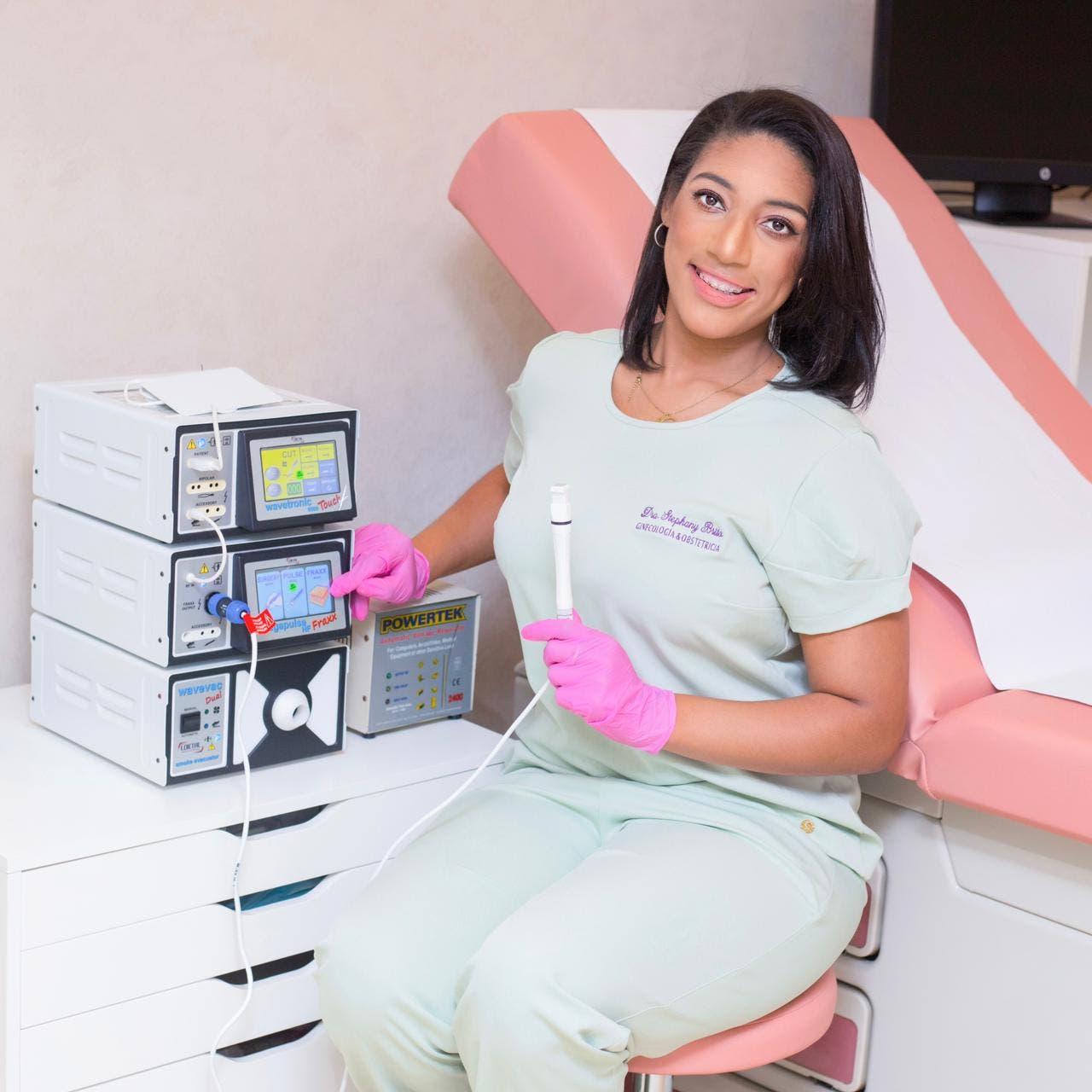 Ginecóloga trae a RD máquina rejuvenece vulva sin cirugía