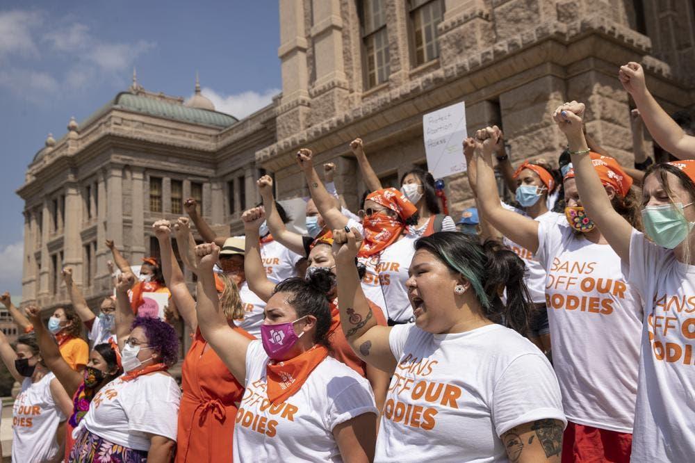 Gobierno de EEUU exhorta a juez a bloquear ley de Texas sobre el aborto