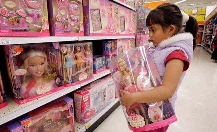 Escasez de juguetes para Navidad: ¿Problema o una bendición?