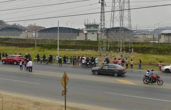 Policía y militares intervienen en la cárcel de máxima seguridad de Guayaquil, Ecuador