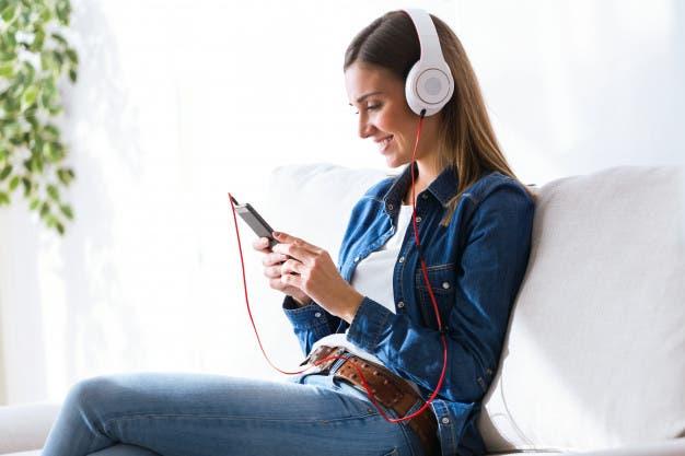 Consumo de música en el mundo se eleva hasta las 18,4 horas semanales