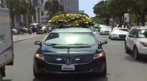 Trasladan restos de Leslie Rosado al cementerio Jardín Memorial
